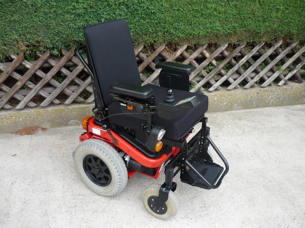 Vand carucior electric Meyra Sprint GT (nou-nout)  la jumatate de pret - pt invalid / invalizi / dizabilitati / handicap