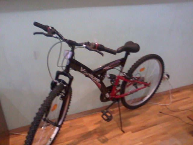 bicicleta cu dubla suspensie