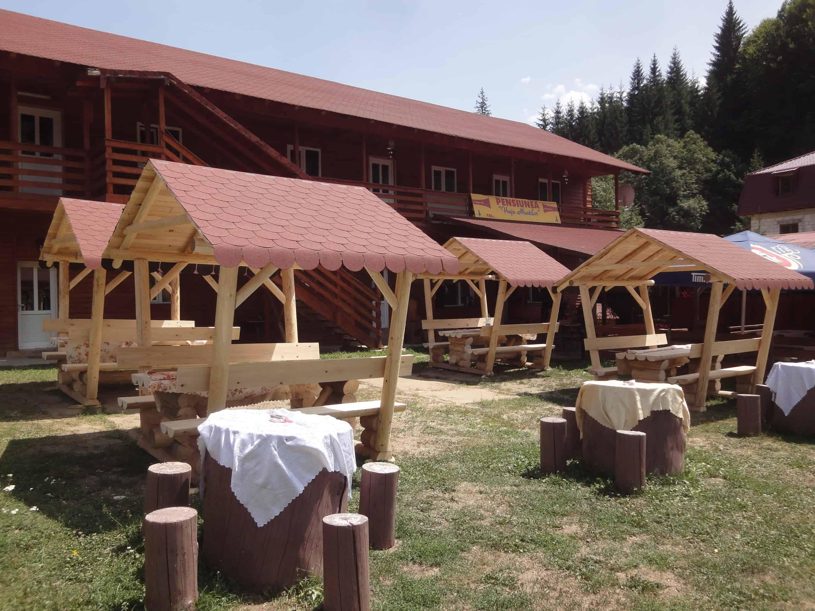 Construim case din busteni, cabane din busteni, foisoare si mobilie de gradina