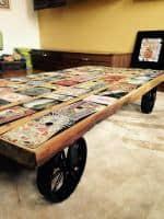 Masa cafea lemn masiv vintage deosebita