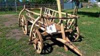 Car si caruta veche din lemn, ideal pentru colectionari sau amenajari!