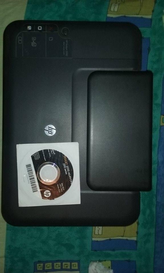 NEGOCIABIL! Imprimanta/Scanner/Copiator Multifunctional HP Deskjet