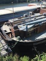 Lichidator judiciar, vand in bloc 4 nave ancorate in Giurgiu