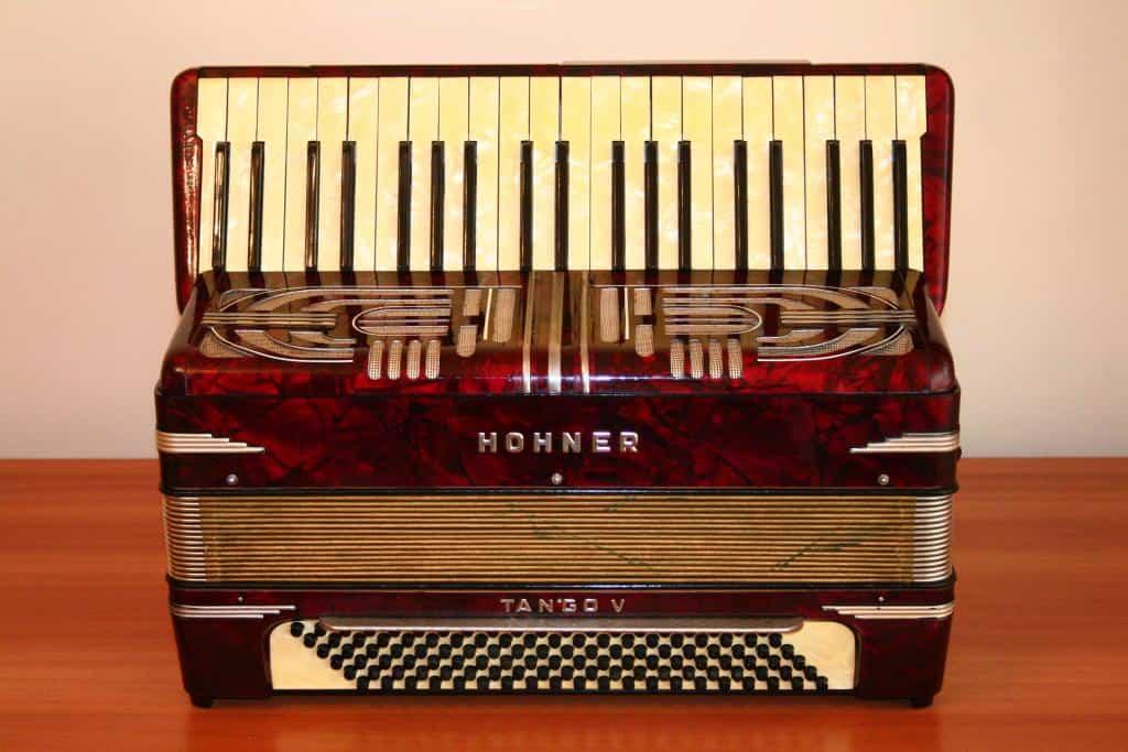 Acordeon Hohner Tango 5