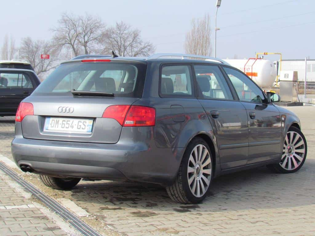 audi a4 avant 2 0 tdi an 2007 mica publicitate. Black Bedroom Furniture Sets. Home Design Ideas