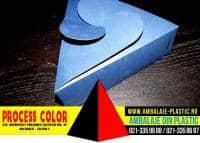 Cutii in forma de triunghi pentru tricouri Process Color