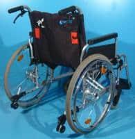 Scaun cu rotile suporta 170 de kg/ latime sezut 55 cm