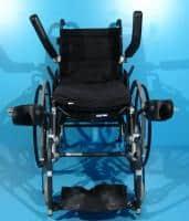 Scaun cu rotile cu verticalizare actionat manual