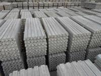 Stalpi de beton-Pret promo