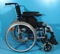 Scaun handicap rulant second hand Invacare sezut de 42 cm