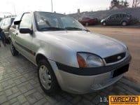 Vand Ford Fiesta  din 2000