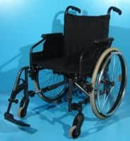 Scaun cu rotile cu un singur suport picior din aluminiu Sopur