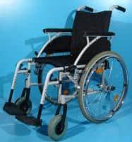 Cotiere mici defecte la scaun cu rotile ieftin/sezut 43 cm