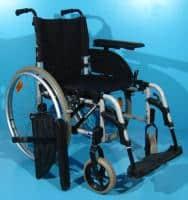 Scaun de la Invacare pentru invalizi cu roti mari pe spate