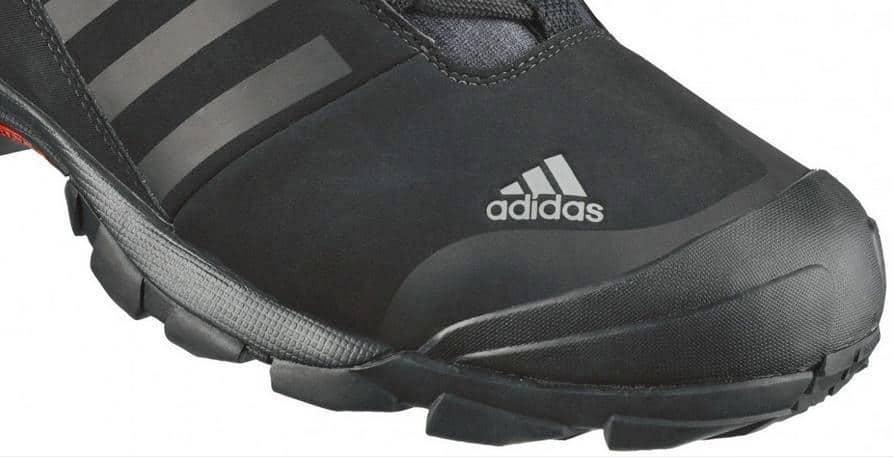 Vand ghete nr.48 superbe de iarna noi adidas profesional rezistente