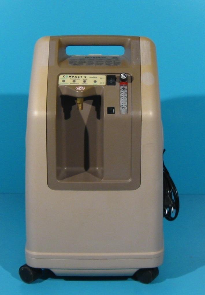 Concentrator de oxigen second hand DeVilbiss 515 KS
