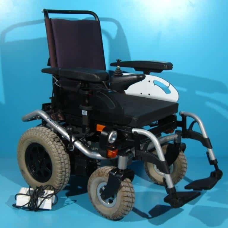 Carucior electric pentru handicap second hand Meyra Smart