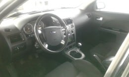 Dezmembrez Ford Mondeo hatchback an 2002