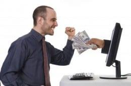 Castigi muncind de acasa, pe internet, de oriunde din lume, intre 10 si 15 dolari pe zi.