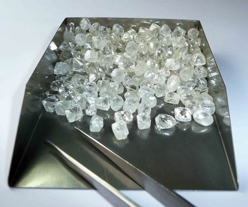 Aur pur (toate formele), diamante GIA și alte pietre prețioase de vânzare