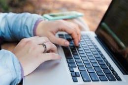Va oferim munca online