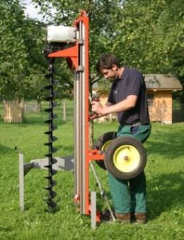 Utilaj foraj medie adancime adaptabil mediu uscat-umed EF 20