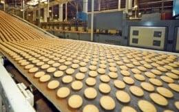 Angajatorul strain angajeaza femei/barbati, cupluri/grupuri in fabrica de biscuiti-1400Euro