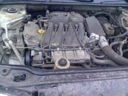 piese renault laguna 1 facelift an 2000 motor 1600 cm3 16v