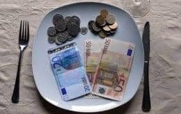 Castiga bani de acasa