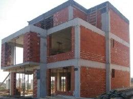 Constructii case la rosu | constructii case