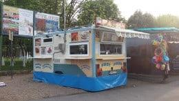 Vând rulotă comercială tip fast-food.