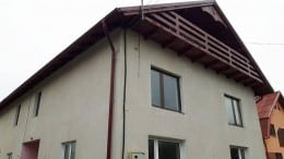 Vând casa/pensiune in comuna Mihai Viteazu (Turda)