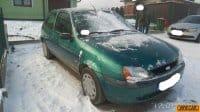 Vand Ford Fiesta  din 2001