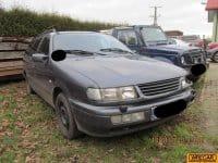Vand Volkswagen Passat  din 1995