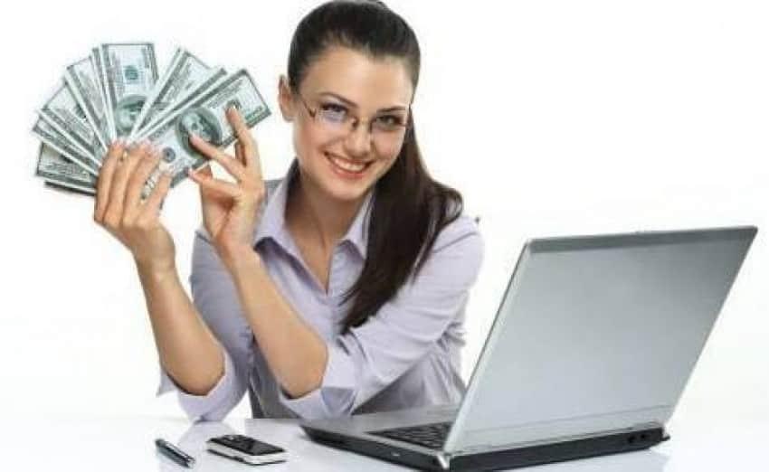 Loc de munca online