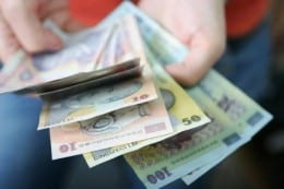 Din prima luna 1500 RON!