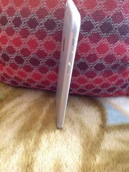 Vand IPhone 6s neverlocked ,silver