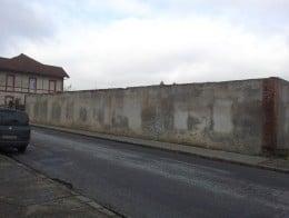 Teren si constructie situate în loc. Simeria, jud. Hunedoara, de vanzare
