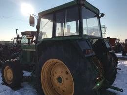 De vanzare tractor John Deere 3030