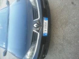 Dezmembrez Renault Laguna