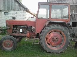 Vând tractor și disc