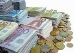 Financiară care însoțește