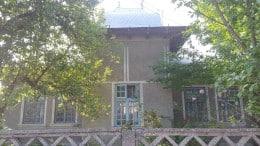 Casa si teren 700mp-zona linistita