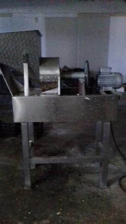 Mașină profesionala pentru taiat legume