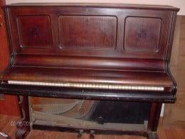 Pianina C.Vieweg.Breslau