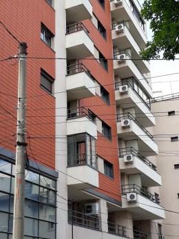 Particular vand studio lux,mobilat, bd.A.I.Cuza nr 98, bloc 2008,et3/8