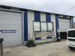 Vând urgent hala industrială