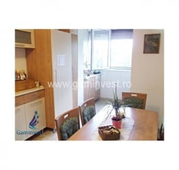 De inchiriat apartament 3 camere decomandat, zona Bulevardul Dacia, Oradea, Bihor A1167