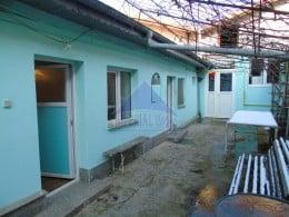 Casa cu 5 camere si teren 300 mp, zona Andronache