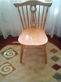 vând scaune